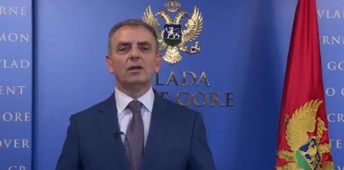 I Hrapović odgovorio Vučiću: Respiratori potrebniji Srbiji