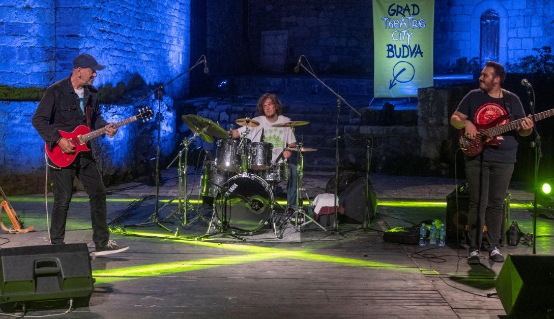 Festivalska publika na nogama: Bis za Dragoljuba Đurićića
