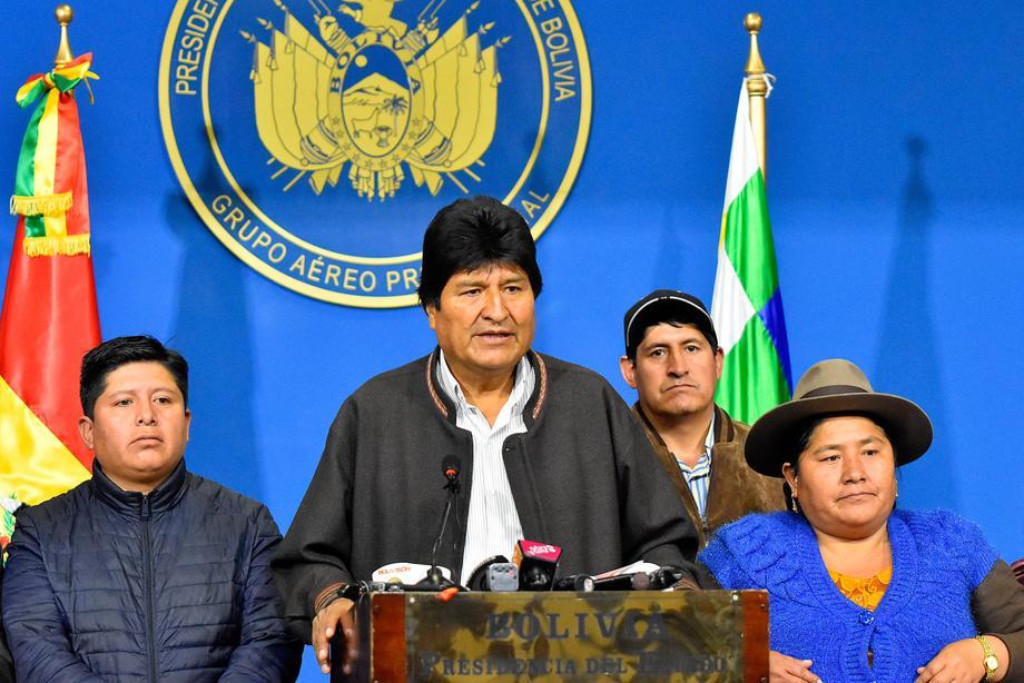 Podlegao je pritisku poslije više od 13 godina: Ko je Evo Morales?