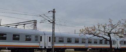 Voz na liniji Bar-Beograd naletio na odron