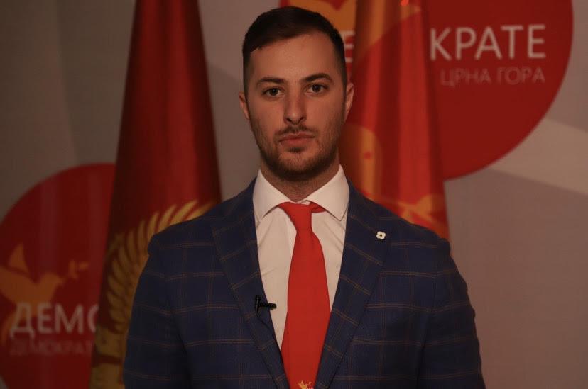 """Vuković: Nova disciplina DPS kampanje zvana """"premjesti, pa ponovo otvori"""""""