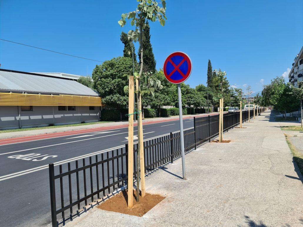 Zaštitne ograde na Zabjelu i Starom Aerodromu za veću bezbjednost pješaka