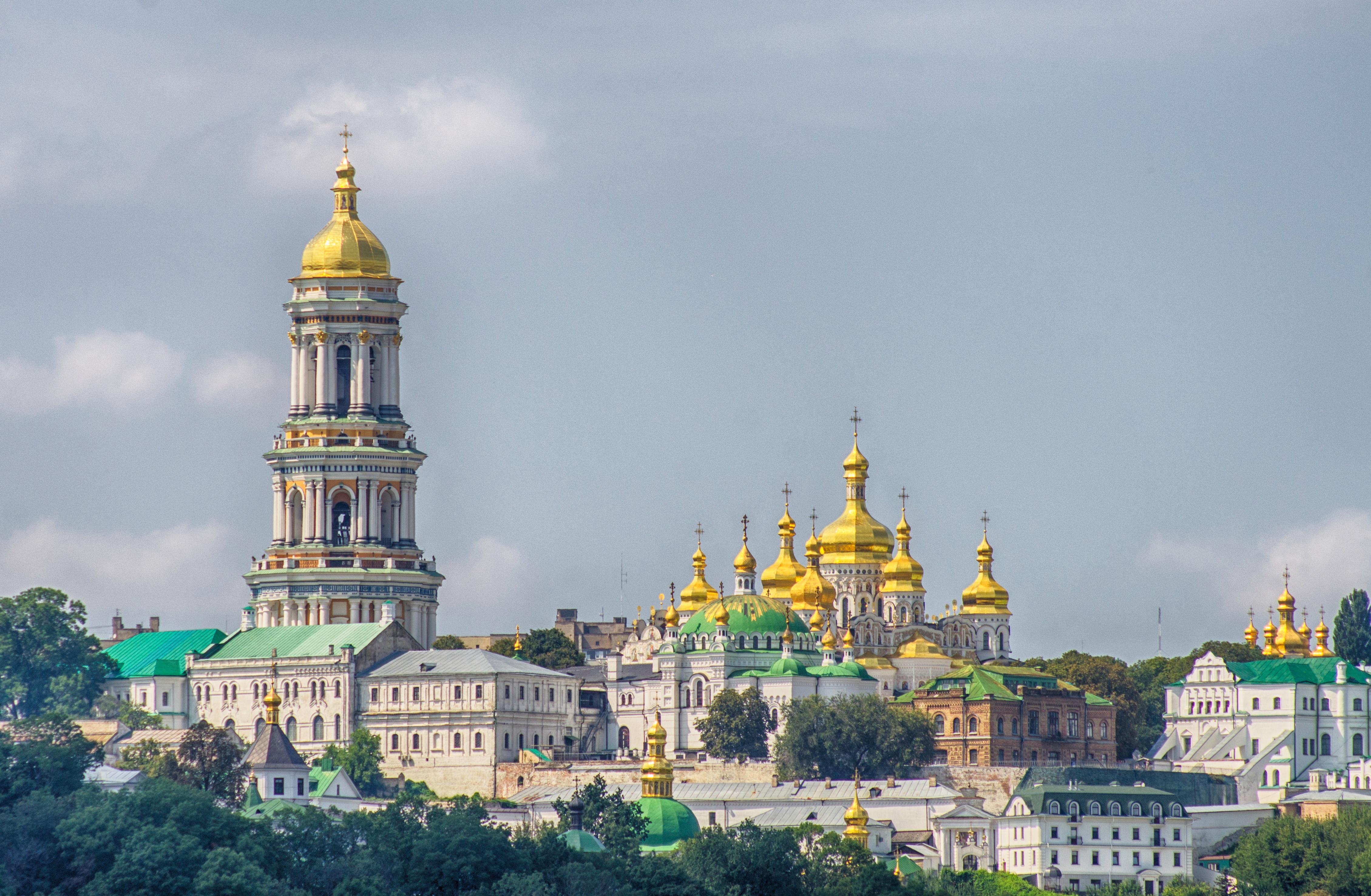 Epidemija među ruskim monasima – hospitalizovan i mitropolit koji je pozivao na masovno pričešće