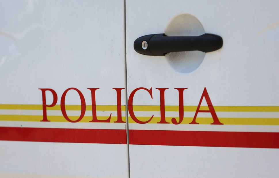 Policija rasvijetlila krađu novca iz crkve Ružica