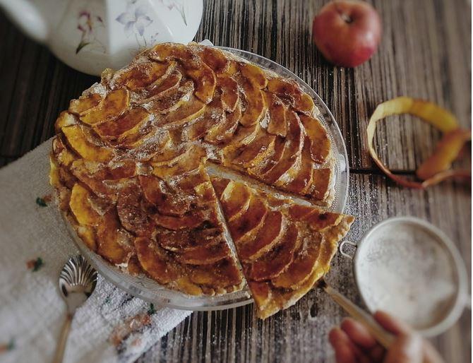 Starinski kolač s jabukama: Slatkiš kojem je nemoguće odolijeti