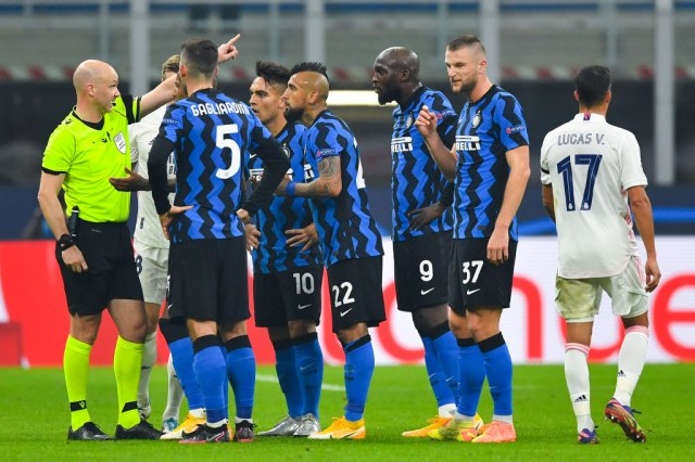 Atalanta osvojila Enfild, Real preslišao Inter, Bajern siguran