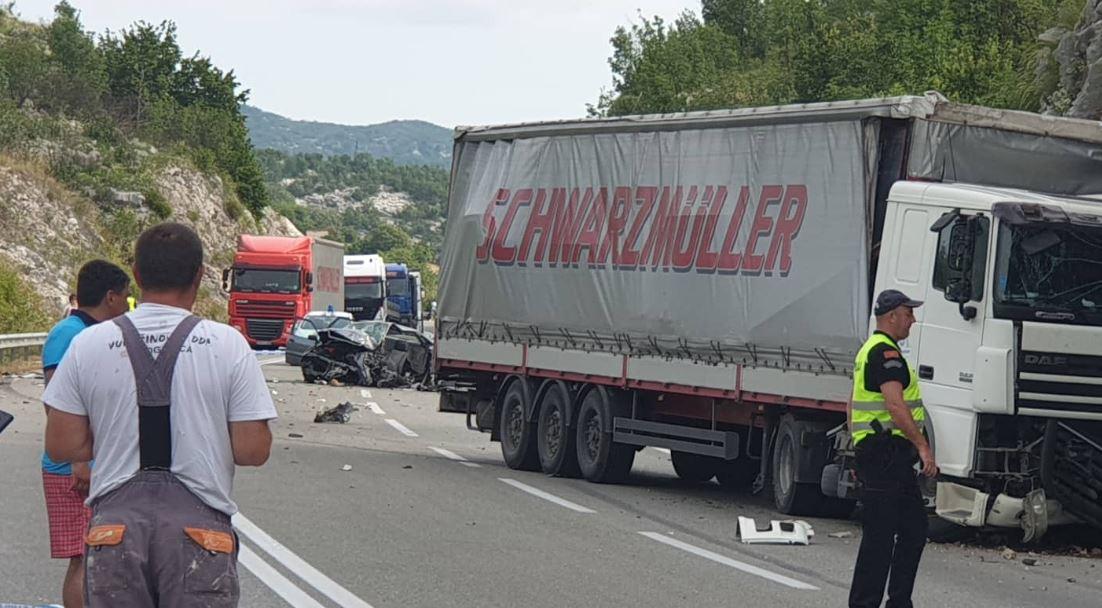 U julu preko 600 saobraćajnih nesreća, glavni uzroci brzina i umor