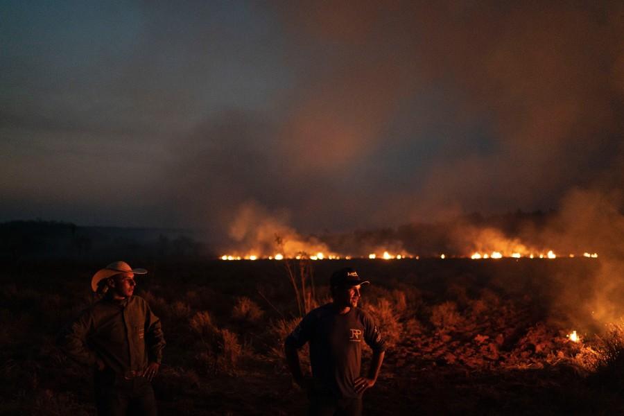 Hiljade ljudi gasi požare u Amazoniji, na nogama i vojska