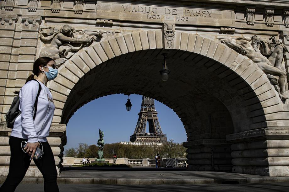 Francuska novim zakonom smanjuje štetne gasove za 40%