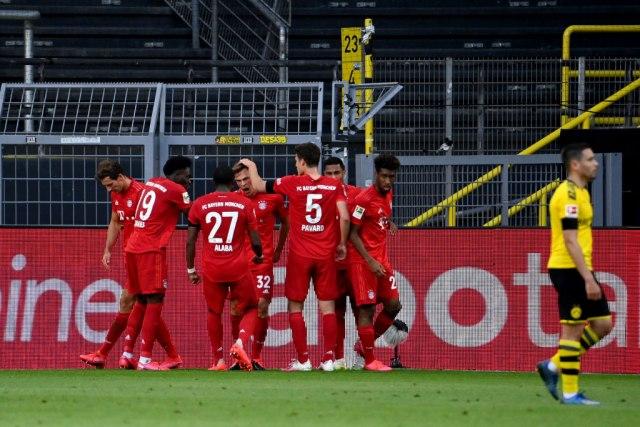 Bajern pokorio Dortmund