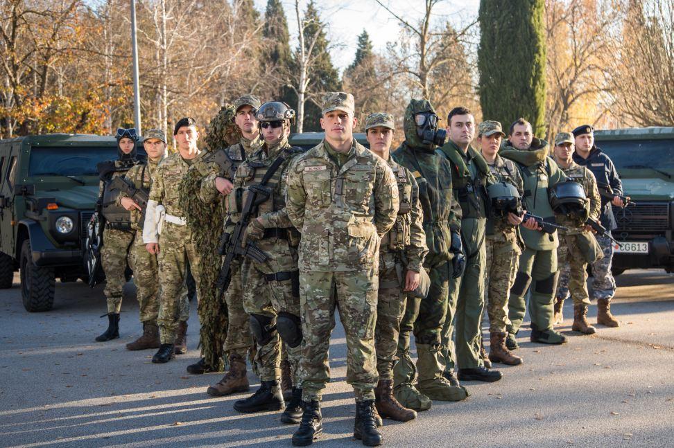 Ministarstvo odbrane raspisalo oglas za prijem 80 vojnika po ugovoru