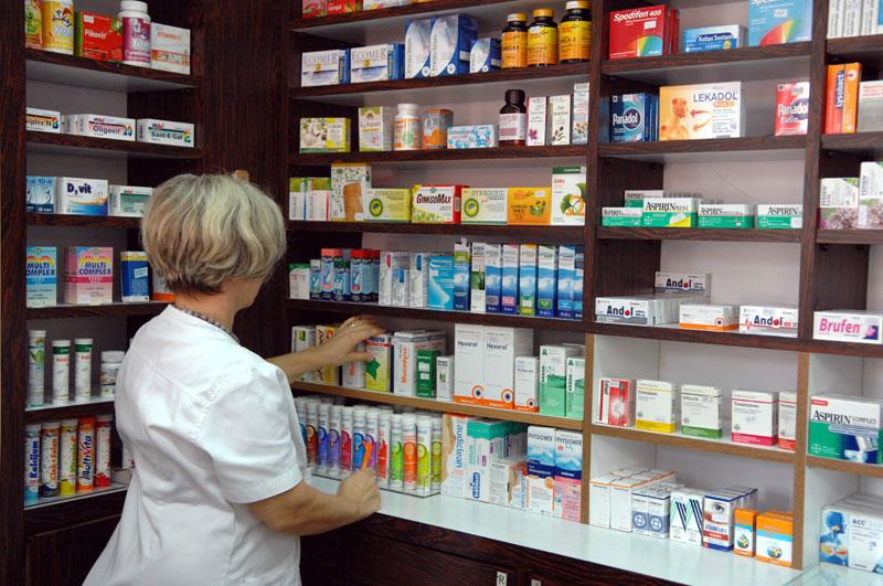 Da izbjegnete viruse i čekanja: Evo koje ljekarske savjete možete dobiti i u apoteci
