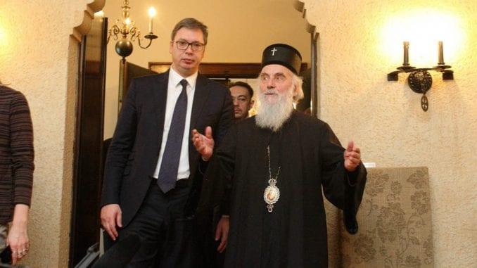 Vučić prijetio vladikama povjerljivim papirima