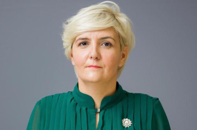 Sekulić Krivokapiću: Ne šalje se lisica da čuva koku nosilju