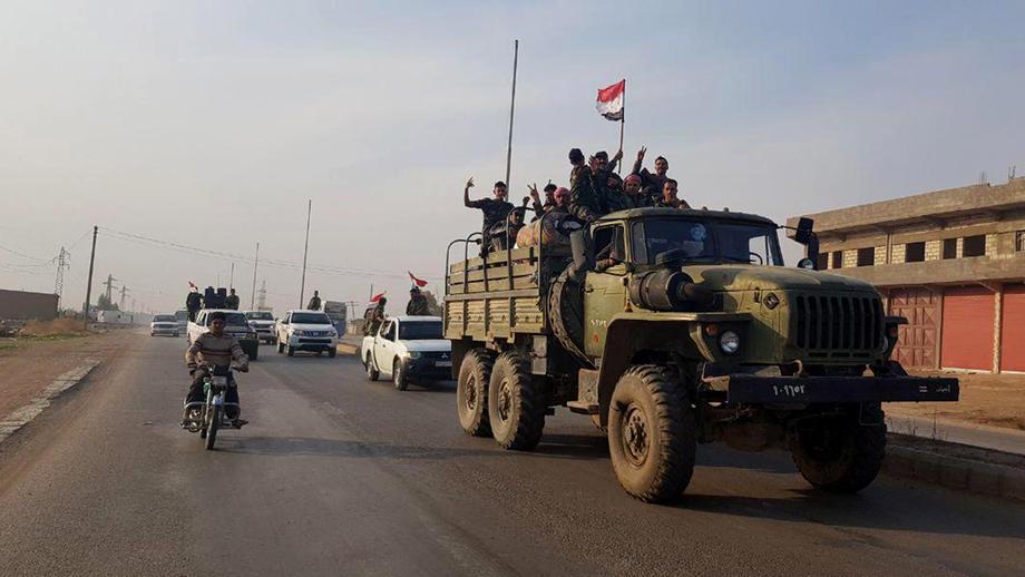 Sirijske trupe raspoređuju se duž granice sa Turskom
