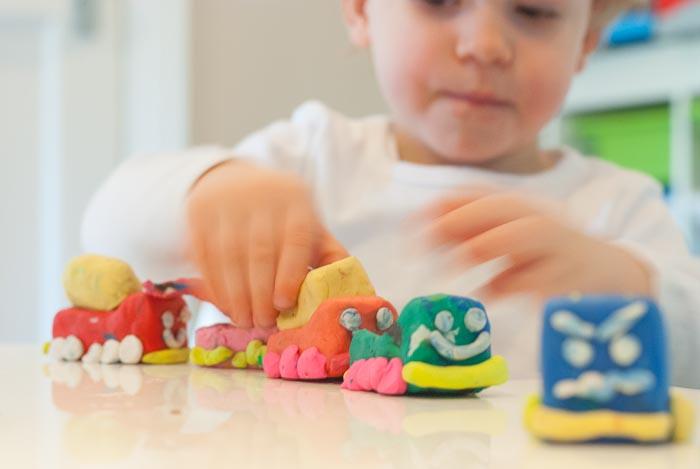 Naučnik razvio tehnologiju skeniranja mrežnjače za rano otkrivanje autizma