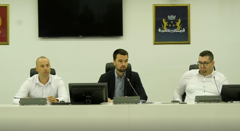 DF Budva: Nećemo podleći ultimatumima Demokrata, Radović da podnese ostavku
