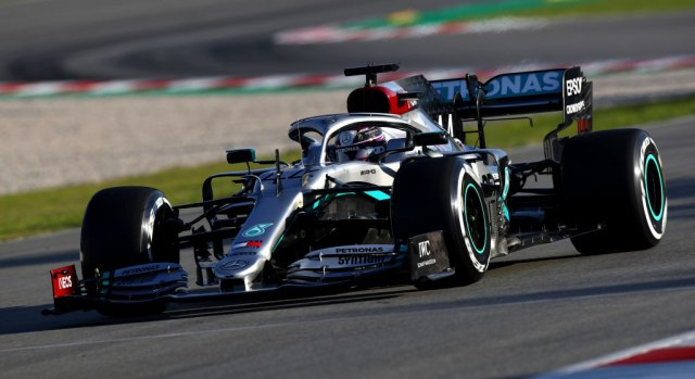 Hamilton najbrži prvog dana testiranja u Španiji