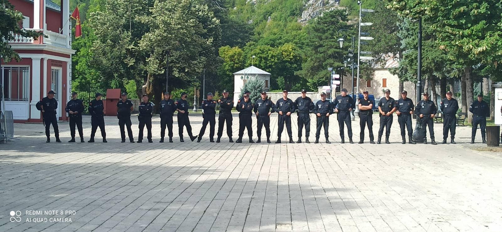 UP: Netačno da su policajci prešli kod građana, svi obavljaju svoje zadatke po planu