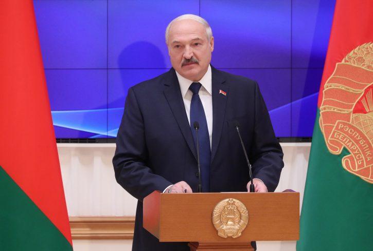 Lukašenko od Putina traži oružje