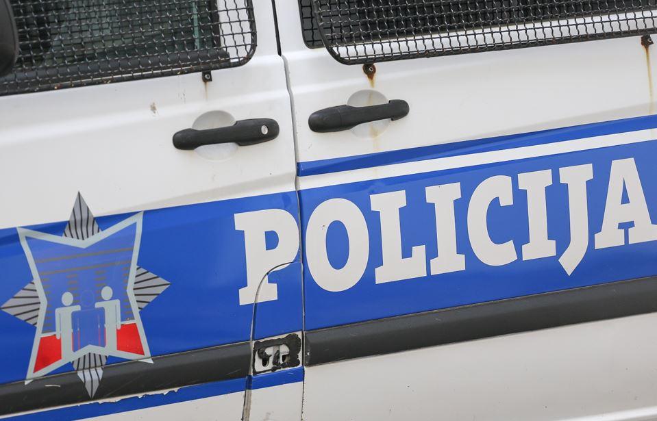 U saobraćajnim nesrećama stradale dvije osobe, 17 povrijeđeno